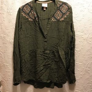 Knox Rose Green V neck embroidered Top size L